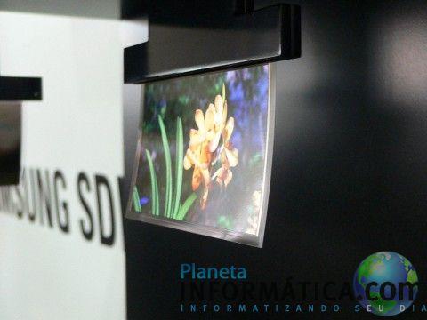 samsung flapping oled 480x360 - Tela OLED ultra fina da Samsung balança com o vento