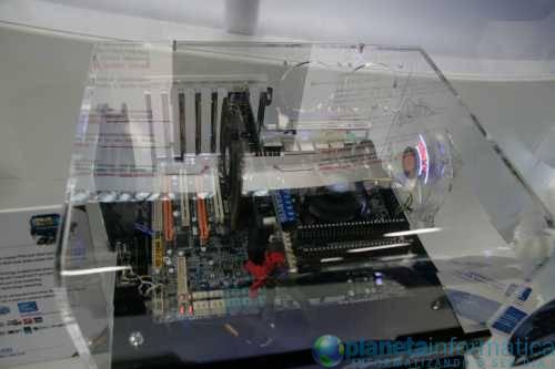 ep55funcionando - [Computex 2009] Gigabyte exibe placas com VRM de 24 fases