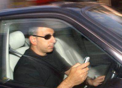 sms 280609 20090628111710 - SMS é pior que álcool para motoristas