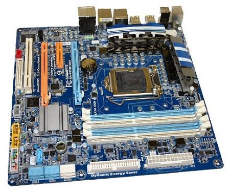 p55micro11 - Detalhes e imagens da nova placa ASUS P7P55D.