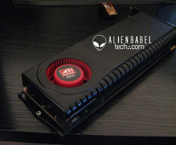 Radeon HD5970 01 - Primeiras imagens da ATI HD 5970.
