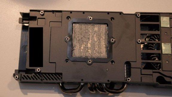 nvidia geforce gtx 480 cooler tweakers cebit - Fotos da GeForce GTX 480 e GTX 470, na CeBIT