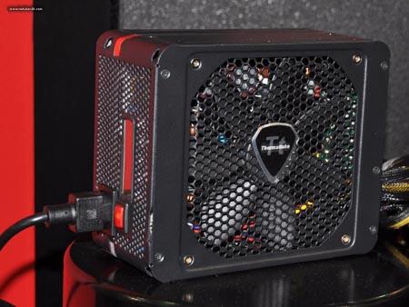 DS 0259 p - Computex 2010: Caixas e fontes da Thermaltake