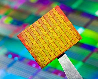 intelscc lg1 1 - Knights Corner, o CPU com 50 núcleos de Intel