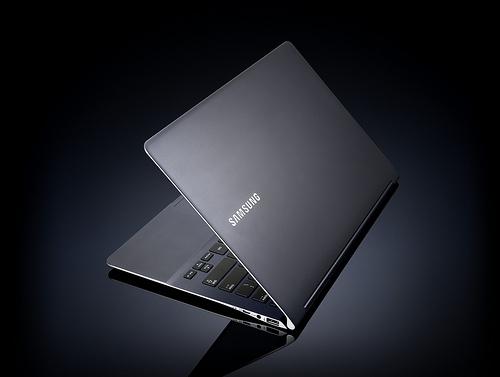 samsung series9 inline2 - Novo e mais fino ultrabook Samsung Séries 9 - CES 2012