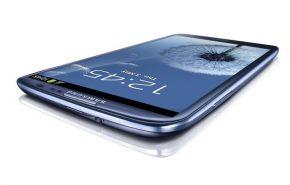 Samsung Galaxy SIII contra seus maiores rivais comerciais!