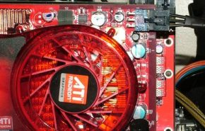 Um CrossFire heterogêneo: Radeon HD 2900 XT e 3870 juntas