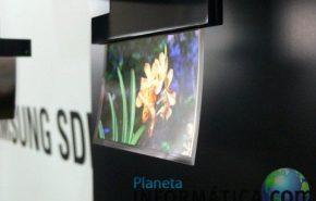 Tela OLED ultra fina da Samsung balança com o vento